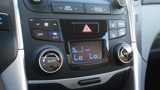 2014 Hyundai Sonata Hybrid East Haven, CT 22