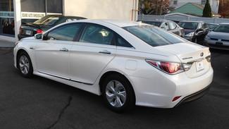 2014 Hyundai Sonata Hybrid East Haven, CT 34