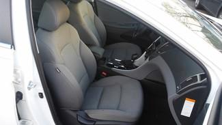 2014 Hyundai Sonata Hybrid East Haven, CT 7