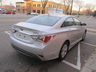 2014 Hyundai Sonata Hybrid Farmington, Minnesota 1