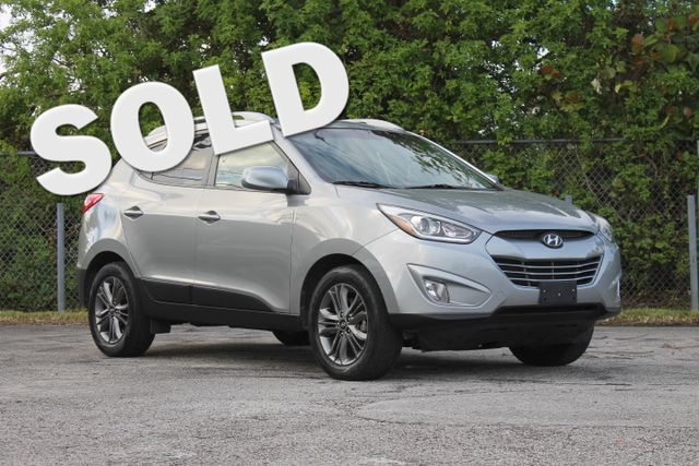 2014 Hyundai Tucson SE  WARRANTY CARFAX CERTIFIED GAS SAVER FLORIDA VEHICLE TRADES WELCOME