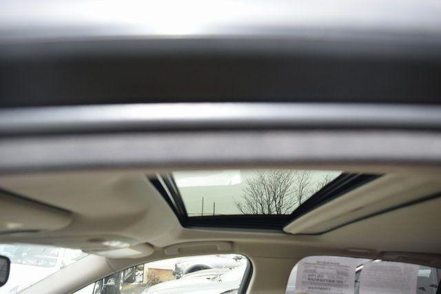 2014 Infiniti Q50 Premium Richmond Hill, New York 7