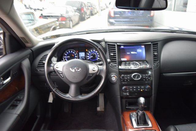 2014 Infiniti QX70 AWD 4dr Richmond Hill, New York 12