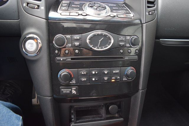 2014 Infiniti QX70 AWD 4dr Richmond Hill, New York 21