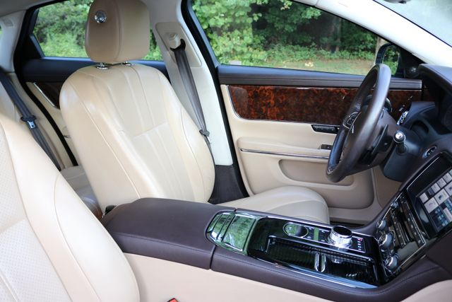 2014 Jaguar XJ Mooresville, North Carolina 24