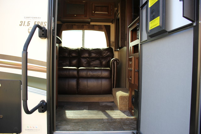 2014 Jayco Eagle 31.5FBHS Mooresville , NC 4
