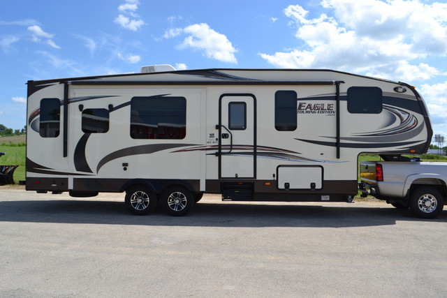 2014 Jayco Eagle touring Edition 28.5 RLTS Roscoe, Illinois 1