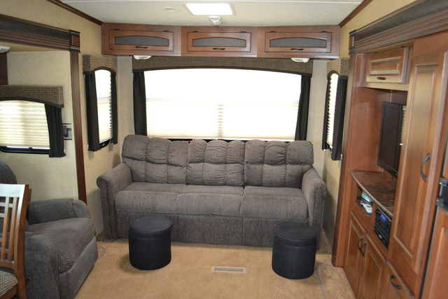 2014 Jayco Eagle touring Edition 28.5 RLTS Roscoe, Illinois 7