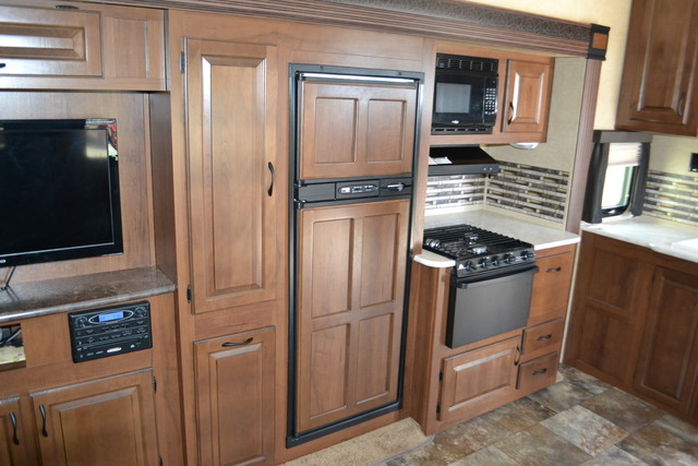 2014 Jayco Eagle touring Edition 28.5 RLTS Roscoe, Illinois 9
