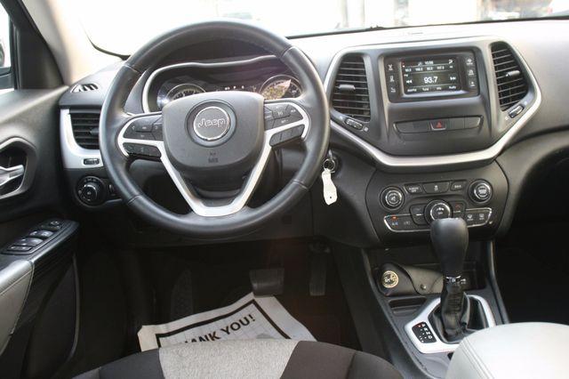2014 Jeep Cherokee Latitude Houston, Texas 7