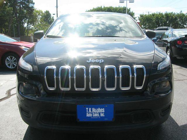2014 Jeep Cherokee  Sport 4X4 Richmond, Virginia 2