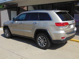 2014 Jeep Grand Cherokee Limited Clinton, Iowa 3