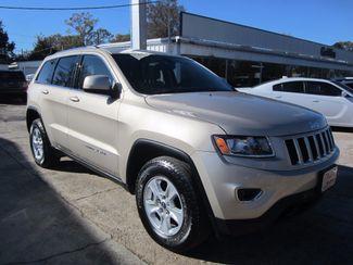 2014 Jeep Grand Cherokee 4X4 Laredo Houston, Mississippi 1