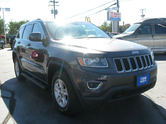 2014 Jeep Grand Cherokee Laredo 4X4 Richmond, Virginia 3