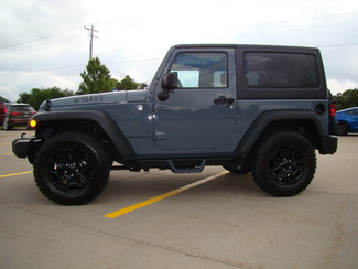 2014 Jeep Wrangler Willys Wheeler Bettendorf, Iowa 3
