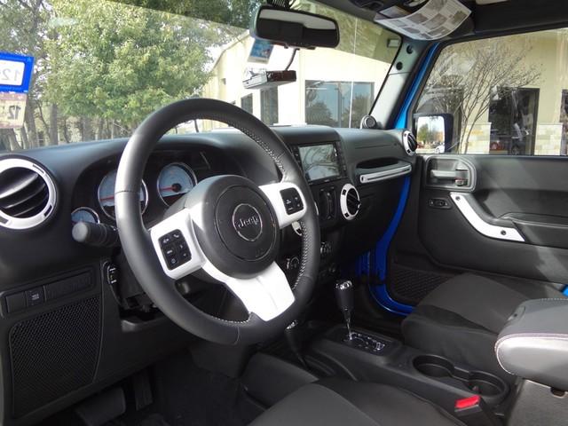 2014 Jeep Wrangler Unlimited Sahara Austin , Texas 9