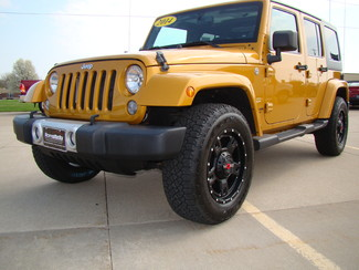 2014 Jeep Wrangler Unlimited Sahara Bettendorf, Iowa 17