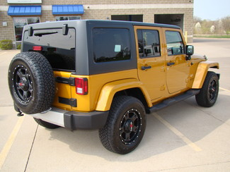 2014 Jeep Wrangler Unlimited Sahara Bettendorf, Iowa 6