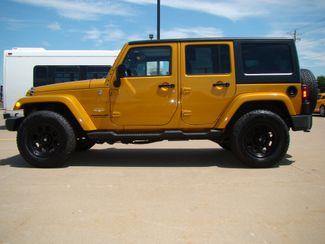 2014 Jeep Wrangler Unlimited Sahara Bettendorf, Iowa 3