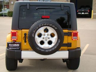 2014 Jeep Wrangler Unlimited Sahara Bettendorf, Iowa 38