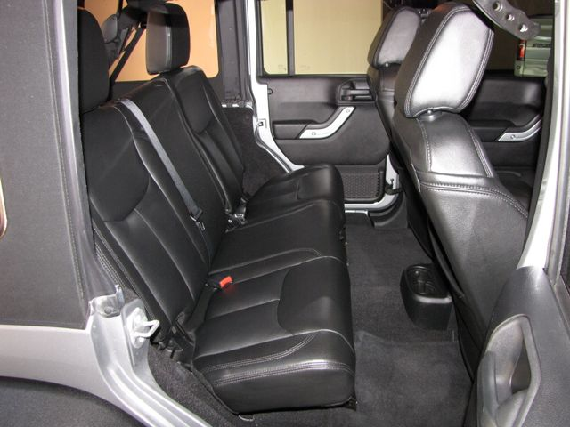 2014 Jeep Wrangler Unlimited Rubicon Jacksonville , FL 37