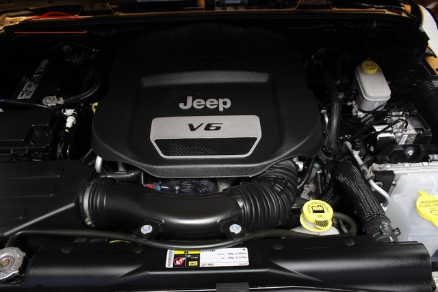 2014 Jeep Wrangler Unlimited Sport Merrillville, Indiana 8