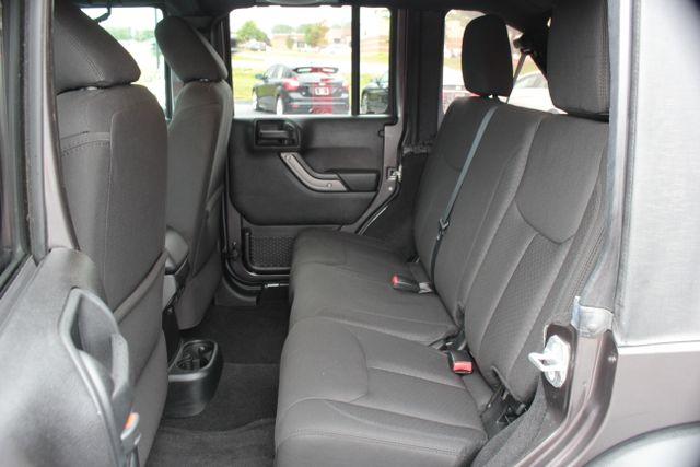 2014 Jeep Wrangler Unlimited Sport Mooresville , NC 26
