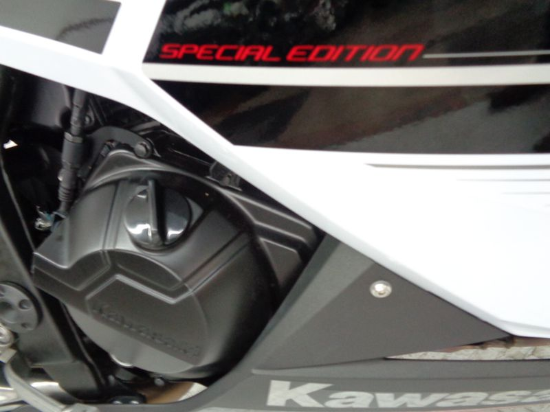2014 Kawasaki Ninja 300  SE  Oklahoma  Action PowerSports  in Tulsa, Oklahoma