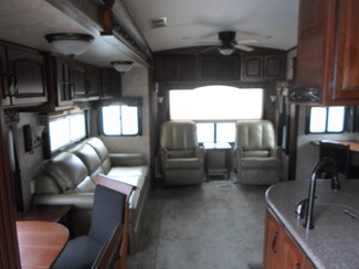 2014 Keystone Montana Paramount 3402RL Salem, Oregon 5