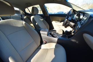 2014 Kia Optima Hybrid LX Naugatuck, Connecticut 10