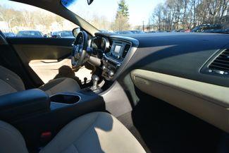 2014 Kia Optima Hybrid LX Naugatuck, Connecticut 9