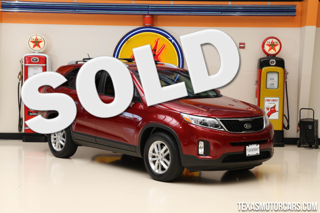 2014 Kia Sorento LX This 2014 Kia Sorento LX is in great shape with only 51 254 miles The Sorent