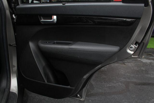 2014 Kia Sorento LX W/ CONVENIENCE PACKAGE (7 SEAT) - 3RD ROW! Mooresville , NC 45