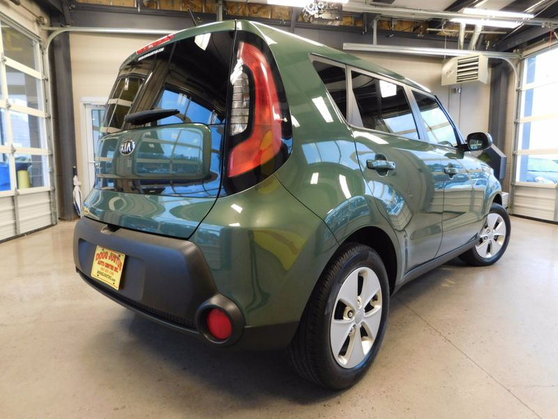 2014 Kia Soul Base  city TN  Doug Justus Auto Center Inc  in Airport Motor Mile ( Metro Knoxville ), TN