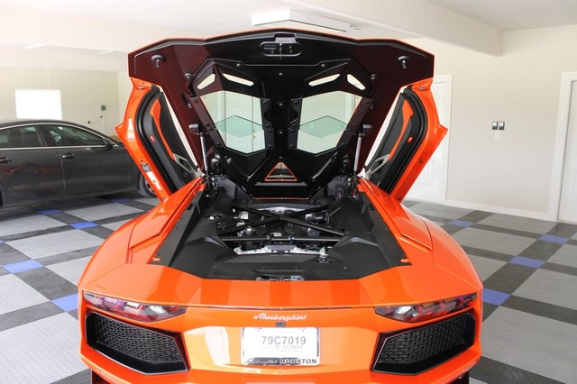 2014 Lamborghini Aventador Roadster Houston, Texas 14