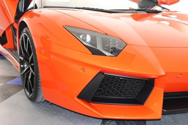 2014 Lamborghini Aventador Roadster Houston, Texas 23