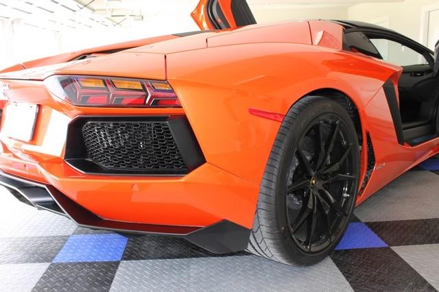 2014 Lamborghini Aventador Roadster Houston, Texas 25