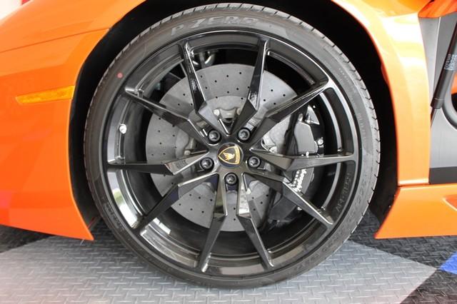 2014 Lamborghini Aventador Roadster Houston, Texas 30