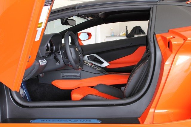 2014 Lamborghini Aventador Roadster Houston, Texas 46