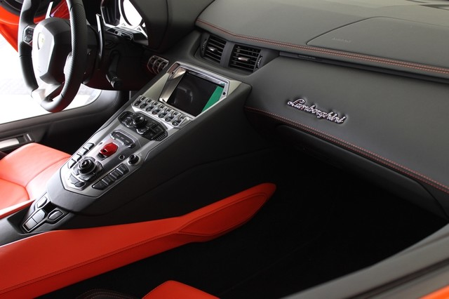 2014 Lamborghini Aventador Roadster Houston, Texas 53