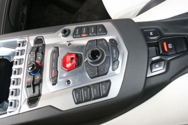 2014 Lamborghini Aventador Roadster Houston, Texas 16