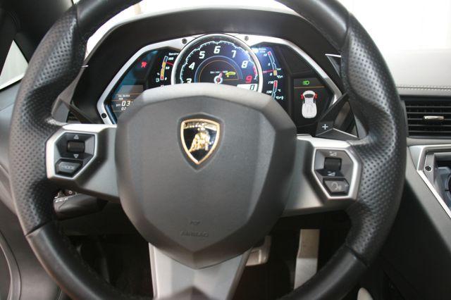 2014 Lamborghini Aventador Roadster Houston, Texas 18