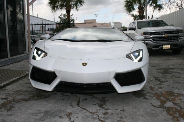 2014 Lamborghini Aventador Roadster Houston, Texas 5