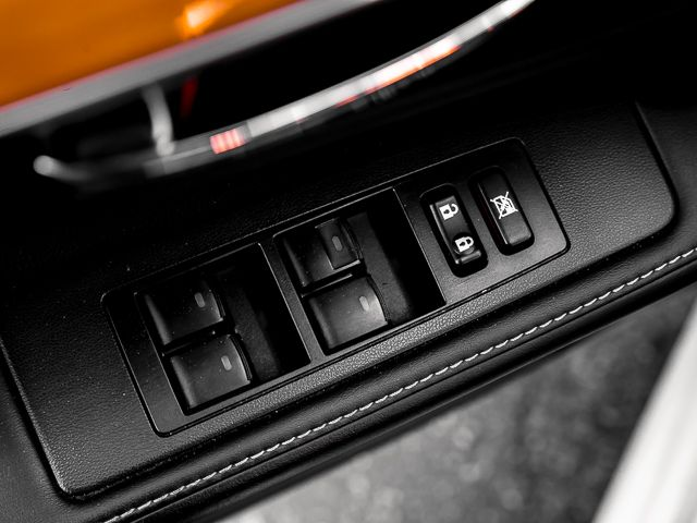 2014 Lexus ES 300h Hybrid Burbank, CA 25