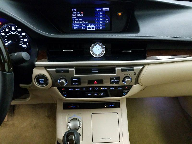 2014 Lexus ES 350   in Minnetonka, Minnesota