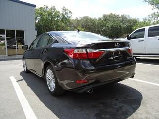 2014 Lexus ES 350 LUXURY. NAVI. AIR COOLED-HTD SEATS. BLIND SPOT Tampa, Florida 11