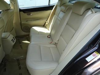 2014 Lexus ES 350 LUXURY. NAVI. AIR COOLED-HTD SEATS. BLIND SPOT Tampa, Florida 16