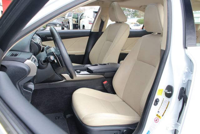 2014 Lexus IS 250 RWD - SUNROOF - ONE OWNER! Mooresville , NC 7