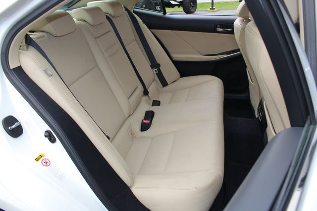 2014 Lexus IS 250 RWD - SUNROOF - ONE OWNER! Mooresville , NC 12