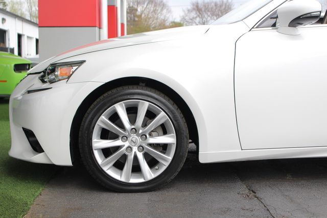 2014 Lexus IS 250 RWD - SUNROOF - ONE OWNER! Mooresville , NC 20